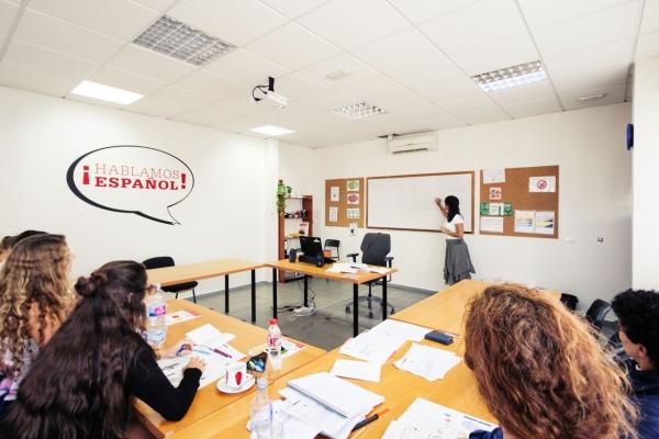 Schüler im Spanischunterricht